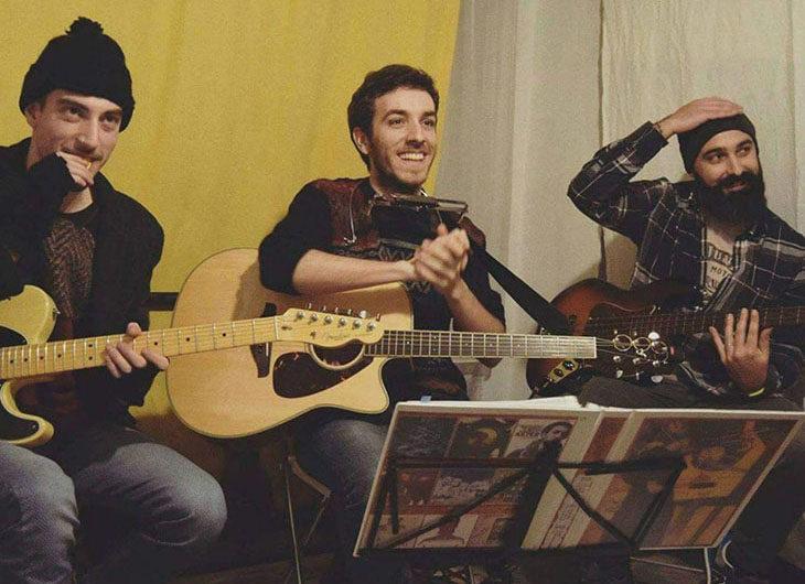 A Gocce di musica 2018 il trio acustico folk rock Aster & The X Band