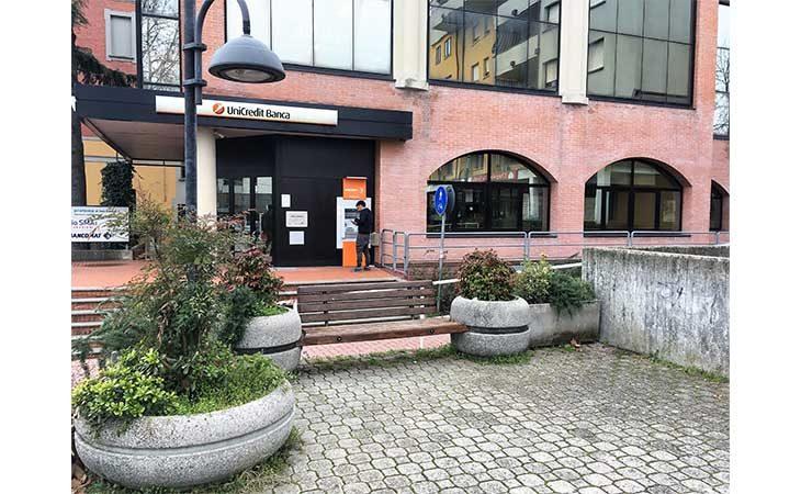 Ad Ozzano prevista una nuova illuminazione a led in piazza Allende e al centro commerciale «La Corte»