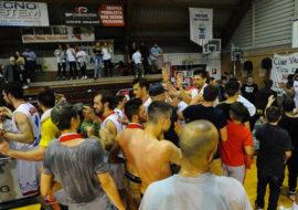 Basket C Gold, i Flying Balls spiccano il volo verso la serie B. Battuta Fiorenzuola anche in gara-2