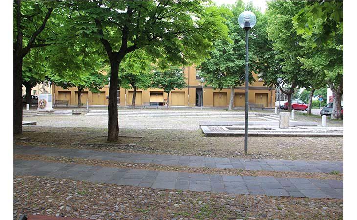 Nuova pavimentazione e luci per la piazza Dante Cassani di Bubano