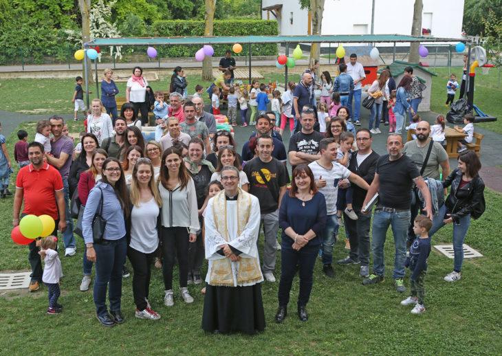 Sesto Imolese, nuovo giardino per le scuole grazie al lavoro volontario dei genitori