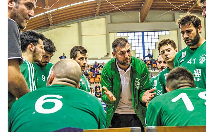 Pallamano, l'allenatore mordanese Alessandro Tarafino ha sfiorato lo scudetto con Conversano