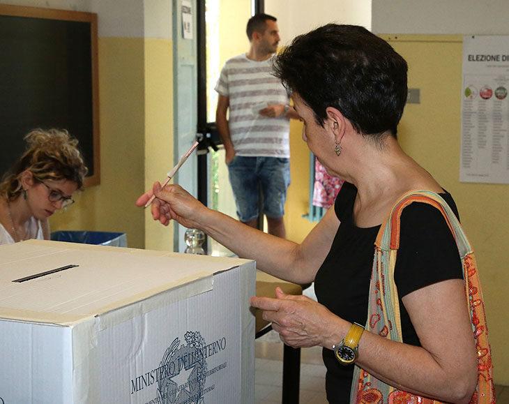 #ElezioniImola2018, affluenza in calo: si ferma al 57,29%