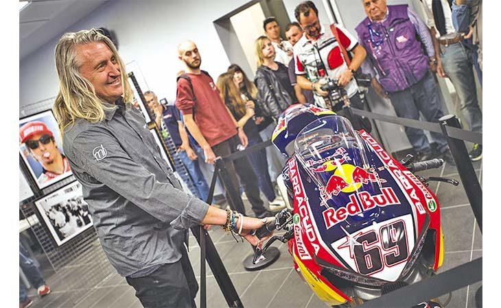 La mostra dedicata a Nicky Hayden prorogata fino a luglio. Il 10 ottobre il processo per la morte del pilota americano