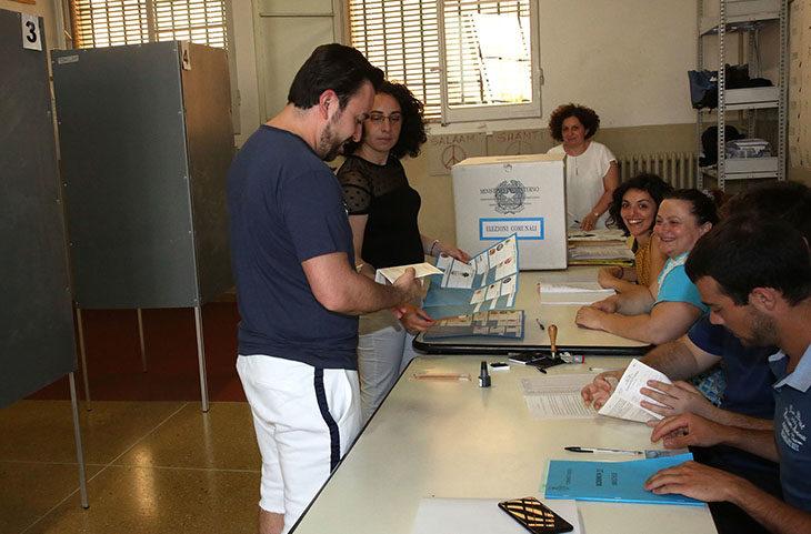 #ElezioniImola2018, aperture straordinarie per le tessere elettorali. Pullmino gratuito per il trasporto ai seggi