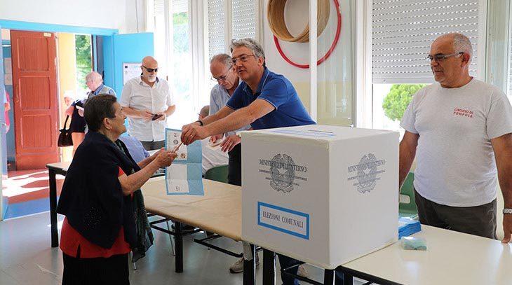 #ElezioniImola2018, alle ore 12 affluenza al 20,73%, in calo rispetto al primo turno