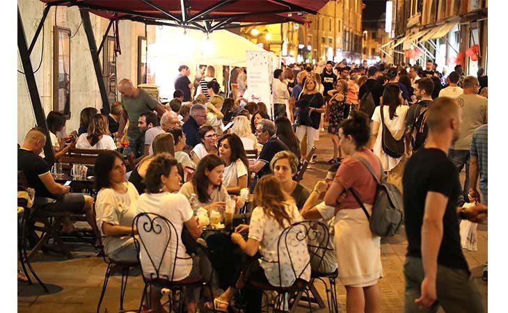 «Imola di Mercoledì», stasera la seconda serata dell'evento in centro storico