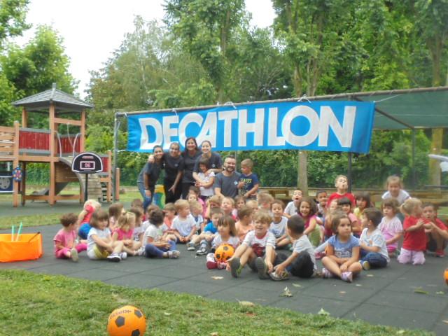 Decathlon porta giochi e sport a Sesto Imolese