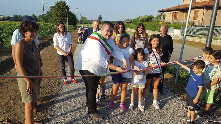 Ozzano, inaugurato un nuovo tratto della ciclabile lungo via Tolara di Sopra