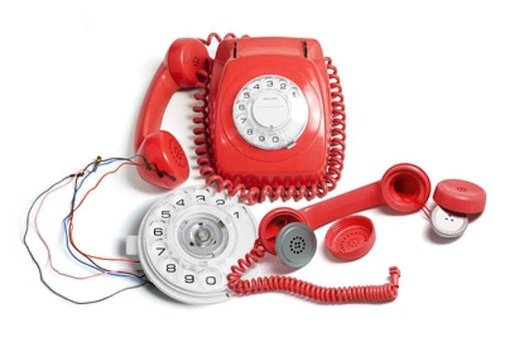 Telefonia: entro dicembre gli operatori dovranno rimborsare gli utenti, ma per il reclamo c'è la piattaforma web