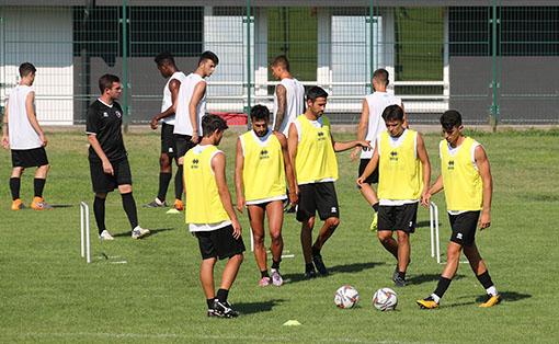 Imolese domenica 29 luglio in Coppa a casa della Carrarese, contro Maccarone e Tavano