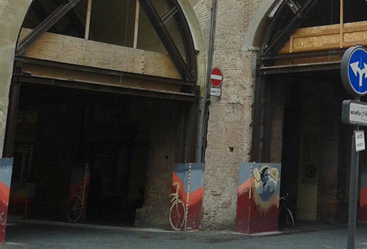 Cantieri a Imola, chiuso per una settimana il tratto di via Mazzini sotto il voltone del Palazzo comunale