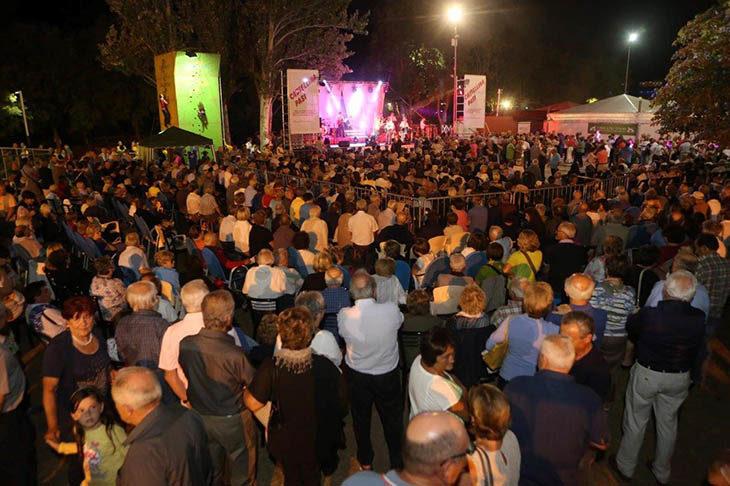 Tozzona Festa & Sport ritorna con spettacoli, ballo, attività sportive e sfilata degli amici cani