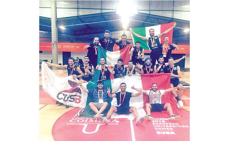 Basket, il Cus Bologna campione d'Europa con gli universitari Matteo Folli e Riccardo Zani