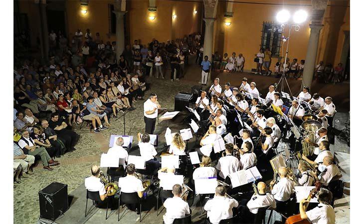 San Cassiano, la Filarmonica di Imola incanta i presenti a palazzo Monsignani. IL VIDEO