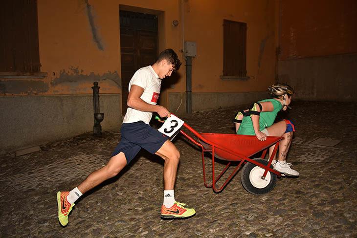 Festa del Borgo e concerto rock per il Settembre castellano che questa sera a Varignana vede la sfida delle «carriole»
