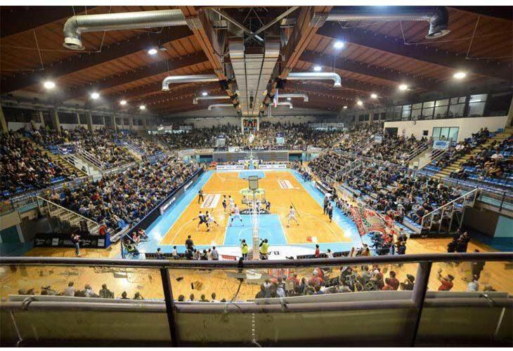Basket A2, l'Andrea Costa giocherà solo due gare casalinghe lontane dal Ruggi