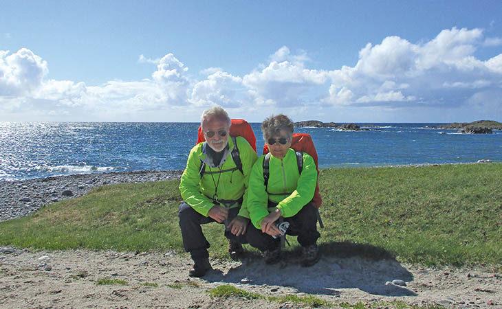 Il viaggio dei coniugi imolesi Palladini, 400 km a piedi tra i mari scozzesi
