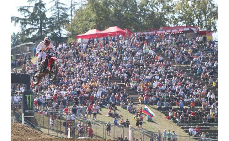 Mondiale motocross, a Imola trionfo iridato per Kiara Fontanesi e doppietta di Herlings