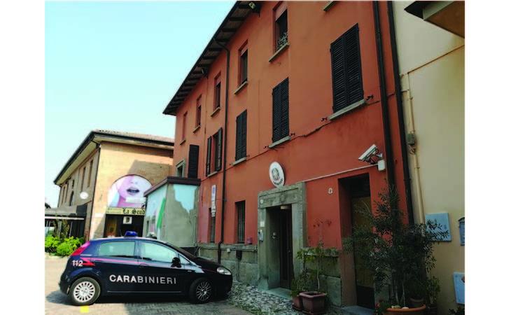 Senza biglietto aggredisce carabiniere sul treno, arrestato 37enne a Castello