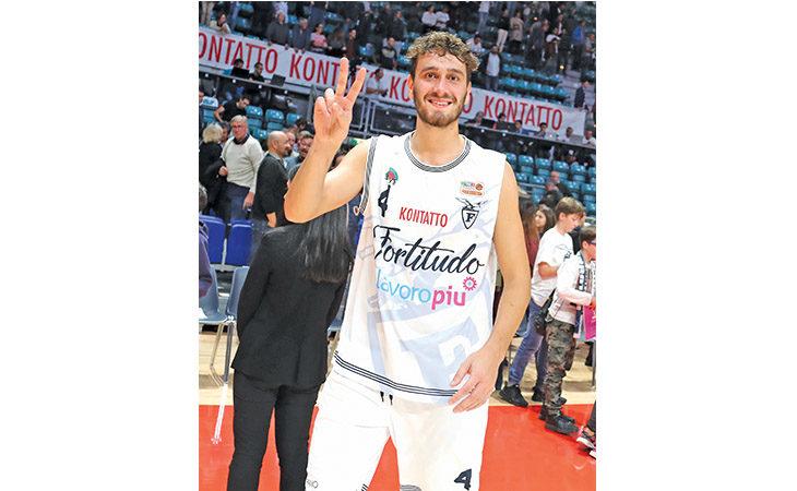 Basket A2, il doppio ex Giacomo Sgorbati presenta il derby Le Naturelle-Ravenna