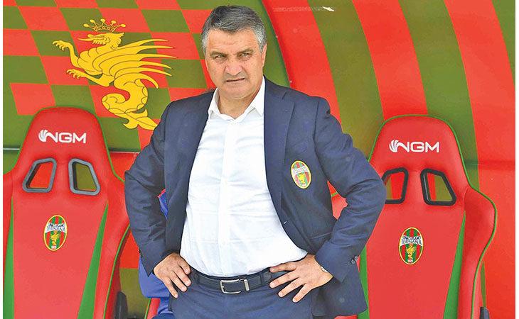 Calcio serie C, domani al Galli arriva la forte Ternana di Luigi De Canio