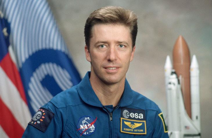 L'astronauta Roberto Vittori il 1° dicembre alla Sacmi in una conferenza promossa dall'Agenzia viaggi Santerno