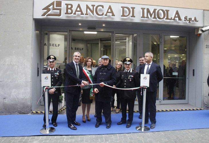 Una sede rinnovata per la Banca di Imola, da oltre 20 anni nel gruppo Cassa di Risparmio di Ravenna