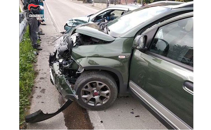 Scontro a Casalfiumanese, automobilista denunciato per guida sotto l'effetto di stupefacenti