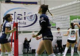 Pallavolo B2 femminile, il derby tra Vtb Ozzano e Clai Imola sorride alle ragazze di Turrini