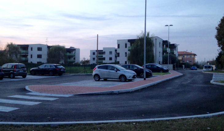 Completato a Medicina il nuovo parcheggio in via Pertini, disponibili 24 posti auto più uno per disabili