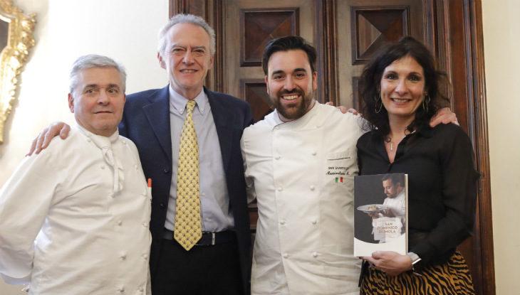 Massimiliano Mascia e il libro in cui racconta se stesso, il San Domenico, la sua idea di cucina