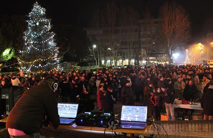 Capodanno a Ozzano, cenone, festa e falò al PalaReggiani