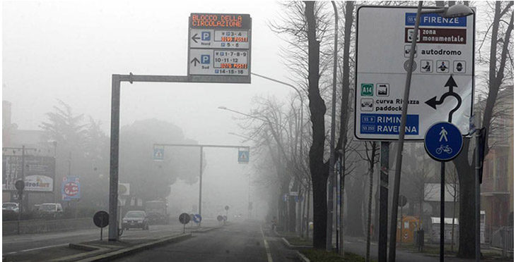 Superati i limiti di smog, da domani blocco della circolazione anche a Imola e Ozzano