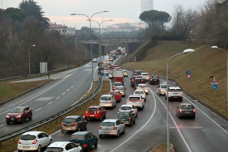 Il 31 gennaio al Donatello un incontro promosso dal comitato pro bretella, ma si parlerà anche di piste ciclabili e stadio