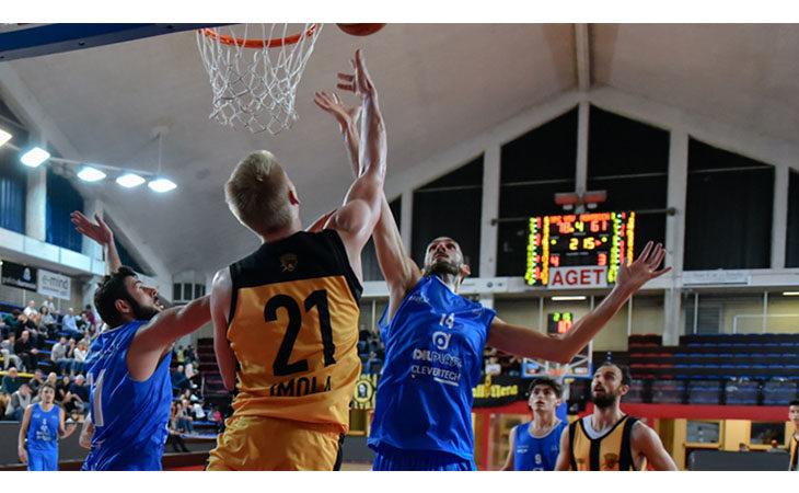 Basket C Gold, tutto troppo facile per la Vsv Imola contro il fanalino Montecchio