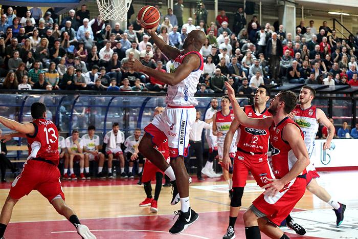 Basket A2, Le Naturelle in 50 minuti si prendono la partita e la terza vittoria in otto giorni