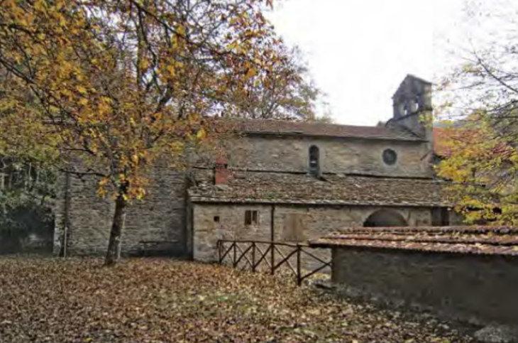 La Badia di Moscheta, storia e leggende di un antico insediamento monastico nella val d'Inferno