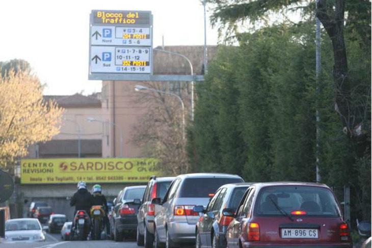 Smog, Pm10 oltre i limiti per tre giorni, dal 12 al 14 febbraio misure emergenziali anche a Imola e Ozzano