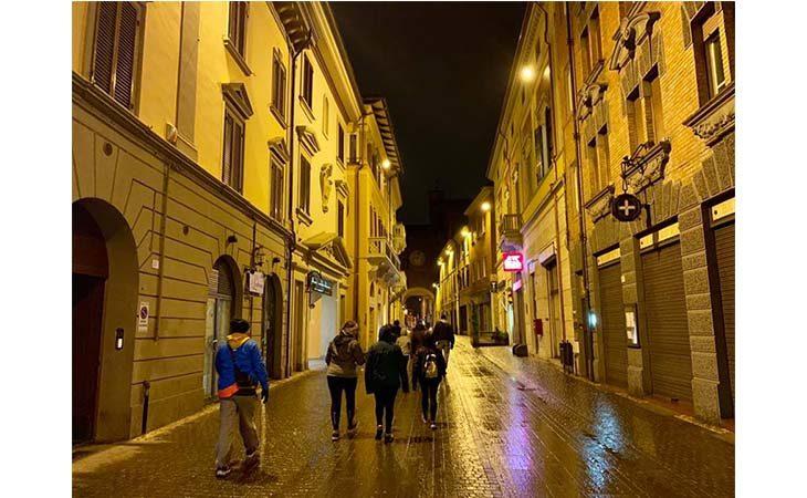 «Camminacittà», a Imola dalla Bocciofila si va in direzione Pontesanto