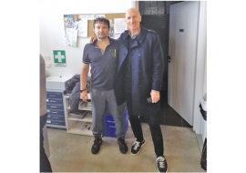 L'ex cestista Antonello Riva in visita alla palestra Buenavida di Imola