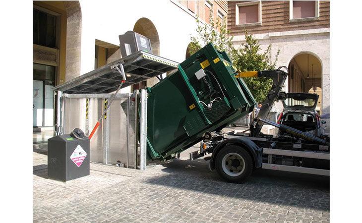 La raccolta dei rifiuti porta a porta arriva in centro storico a Imola