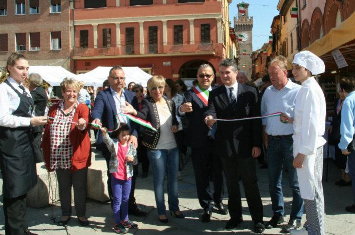 L'assemblea del Partito Democratico di Castel San Pietro approva all'unanimità la ricandidatura di Fausto Tinti