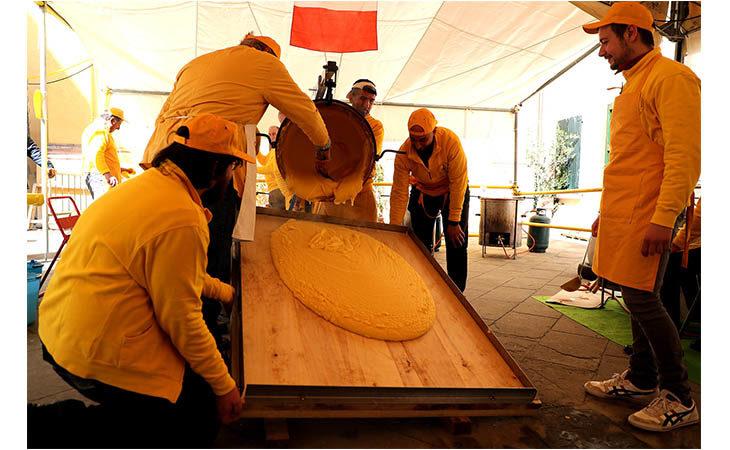 A Borgo e Tossignano un «martedì grasso» al profumo e sapore di maccheroni e polenta. IL VIDEO