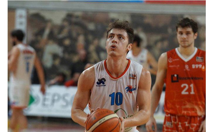 Basket serie B, Chiusolo non basta alla Sinermatic Ozzano per tornare da Vicenza con il sorriso