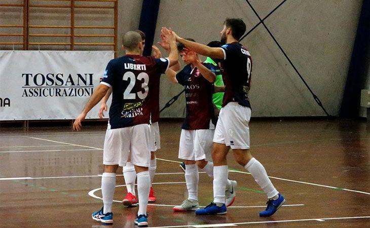 Futsal serie B, vittoria di misura per l'Imolese Kaos ma la promozione è solo rimandata