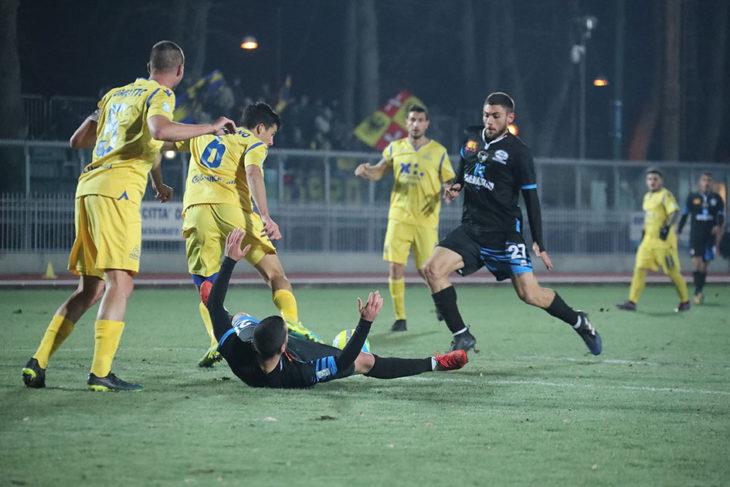 L'Imolese ritorna superlativa, 3-0 a Terni con doppietta di Rossetti