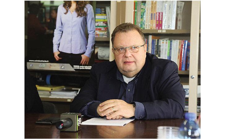 Imola Programma, il pensiero di Marco Gasparri di Confindustria Emilia: «No a tute blu o camici bianchi, servono colletti azzurri»