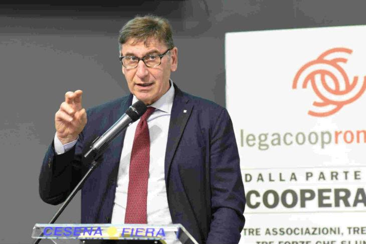 """Il presidente nazionale di Legacoop Mauro Lusetti: """"Folle togliere il finanziamento pubblico agli organi di informazione'"""