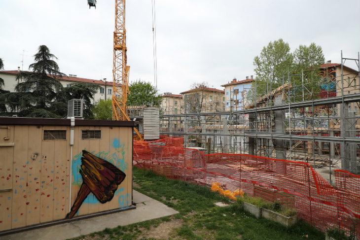 """In pieno svolgimento i lavori per la costruzione del nuovo centro sociale """"Adriano Giovannini' nel quartiere Marconi"""
